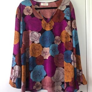 Lightweight Floral Blouse